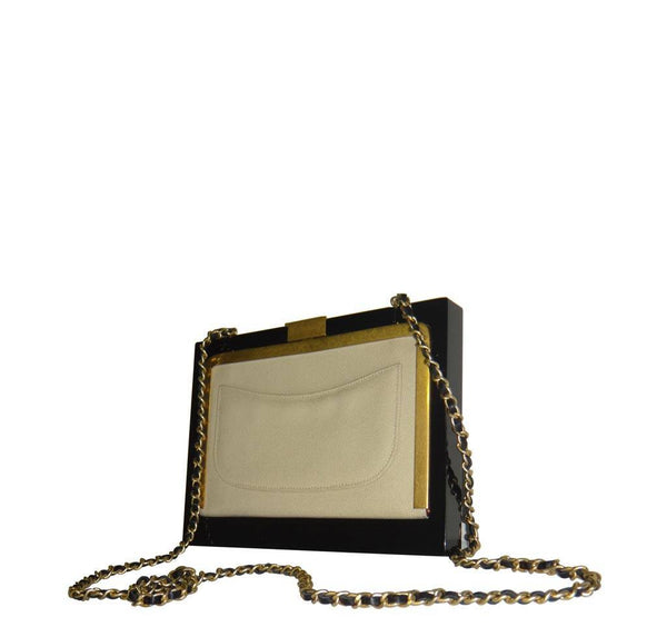 chanel runway plexiglass limited edition new back