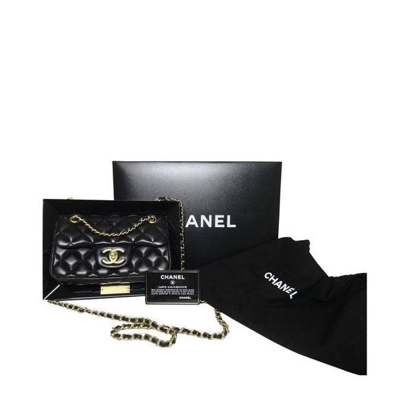 chanel runway plexiglass limited edition new box