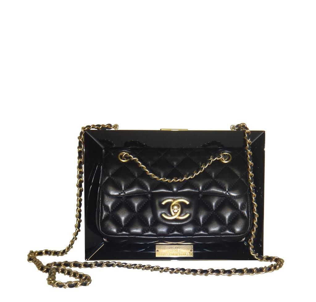 LIMITED EDITION Runway CHANEL Frame Bag PLEXIGLASS and Gold | Baghunter