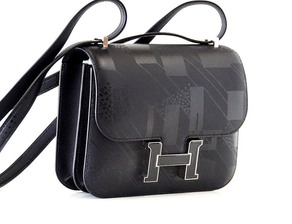 Hermès Constance 18 Limited Edition Noir Sombrero black enamel palladium pristine front right
