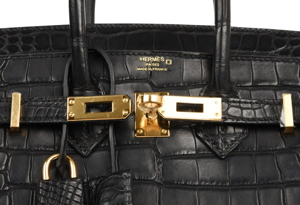Hermes Birkin 25 Noir Alligator Bag gold pristine embossing