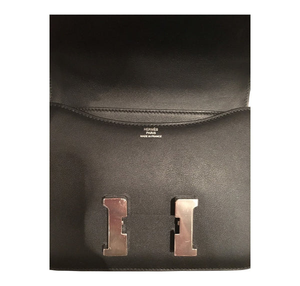 hermes constance mini 18 noir used embossing