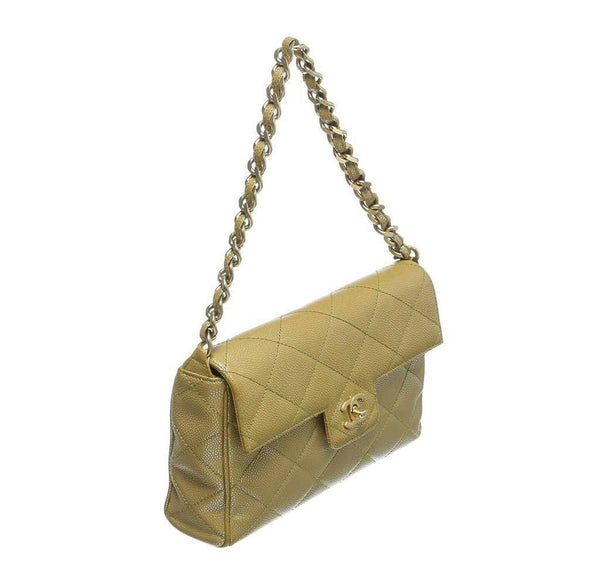chanel flap shoulder bag gold used side