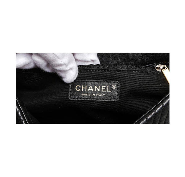 chanel classic 2.55 bag black used detail