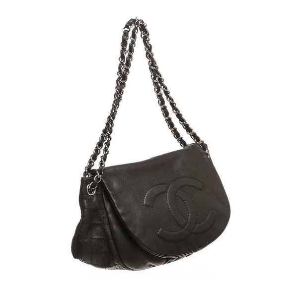 chanel half moon shoulder bag black used side