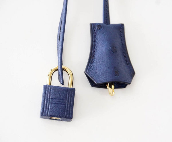 Hermes Kelly Sellier 28 Blue Iris Ostrich gold pristine lock keys clochette