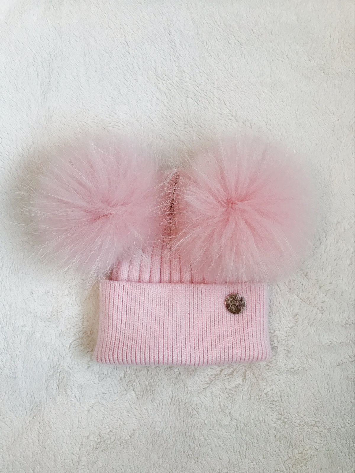 Baby Cashmere double - Baby Pink with matching pom