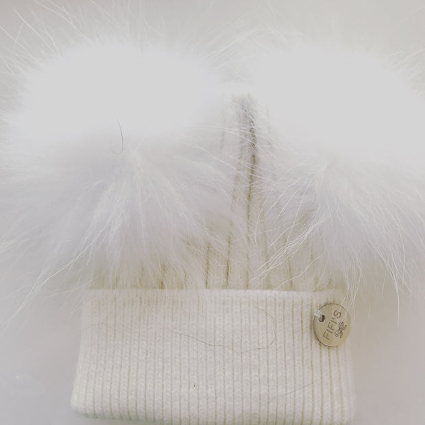 Baby Cashmere double - White with matching pom