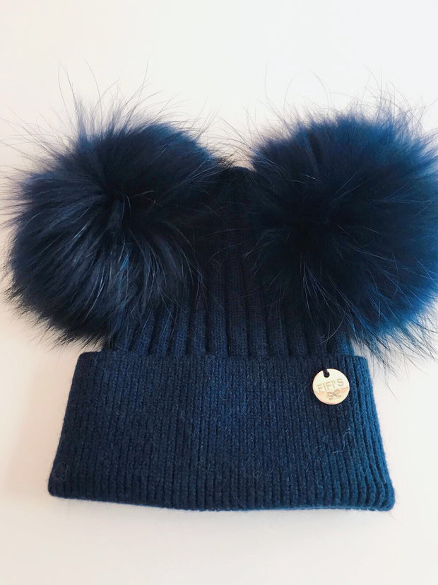 Cashmere double - Navy with matching pom