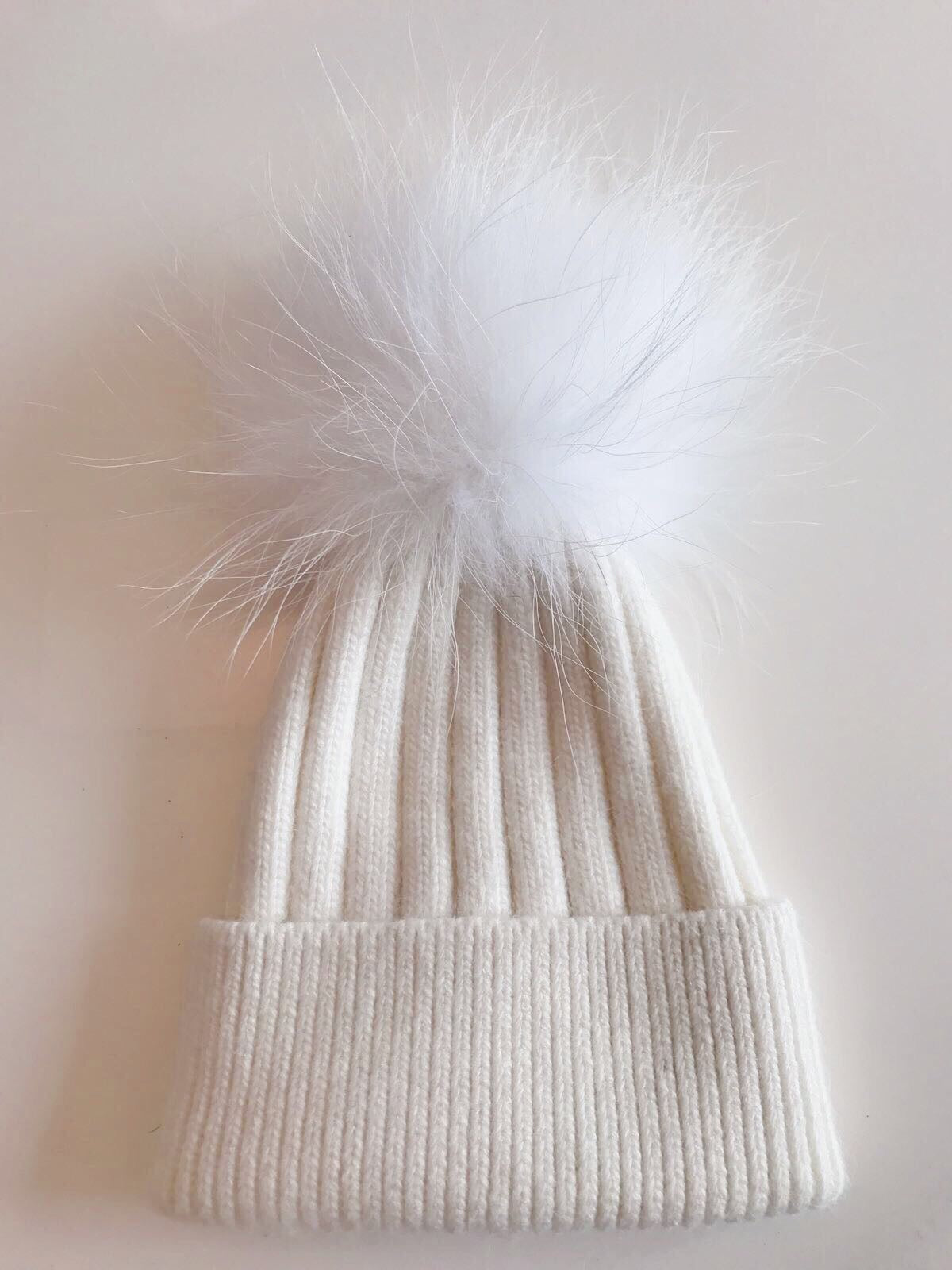 Toddler Cashmere single - White with matching pom