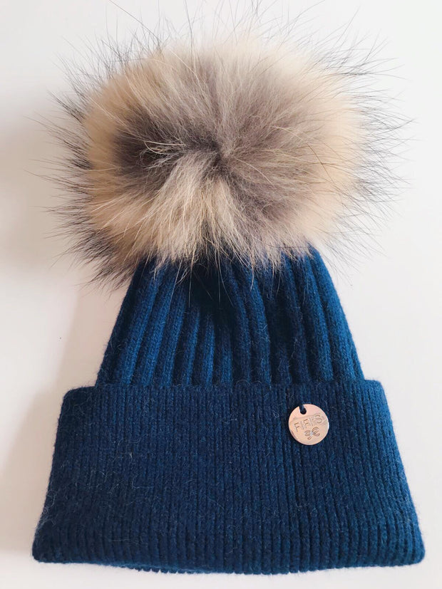 Cashmere single - Navy with natural pom
