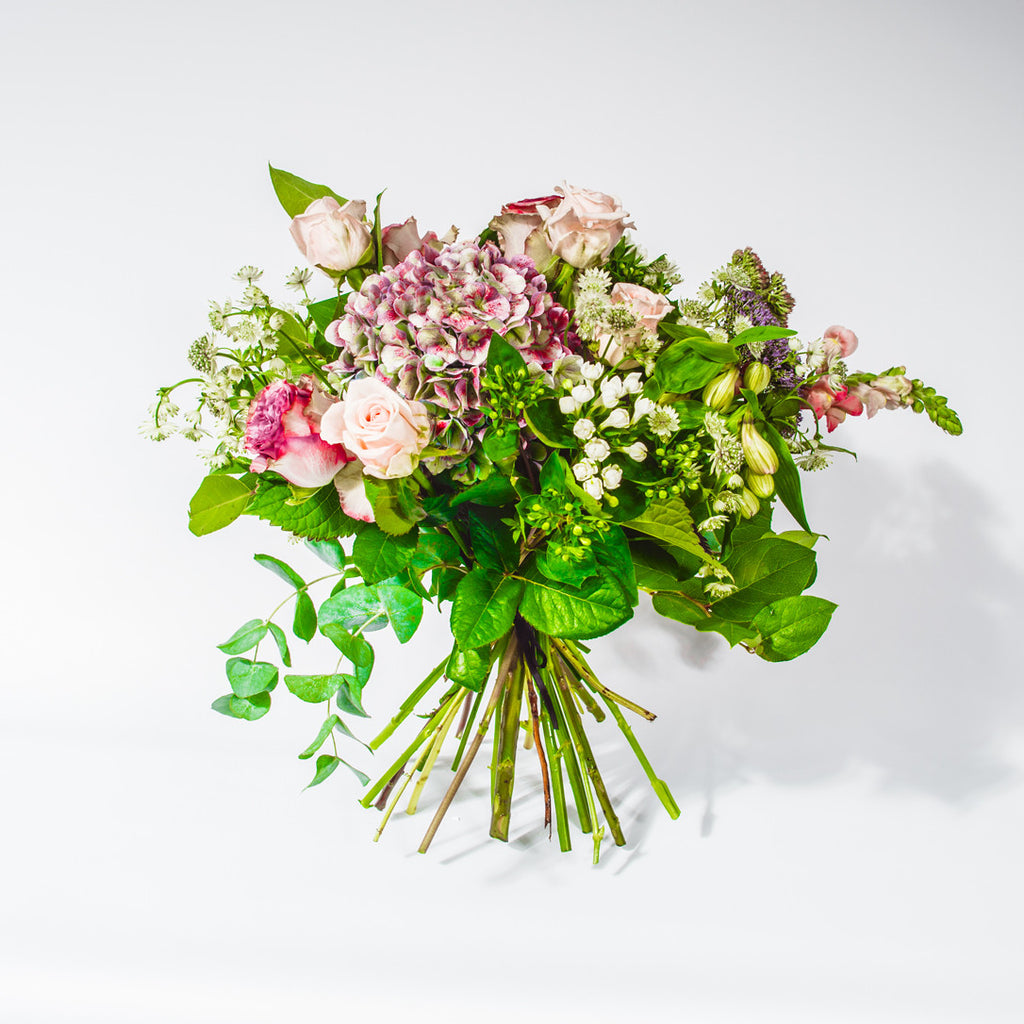 Queen Bouquet by XOXO Florist Aberdeen