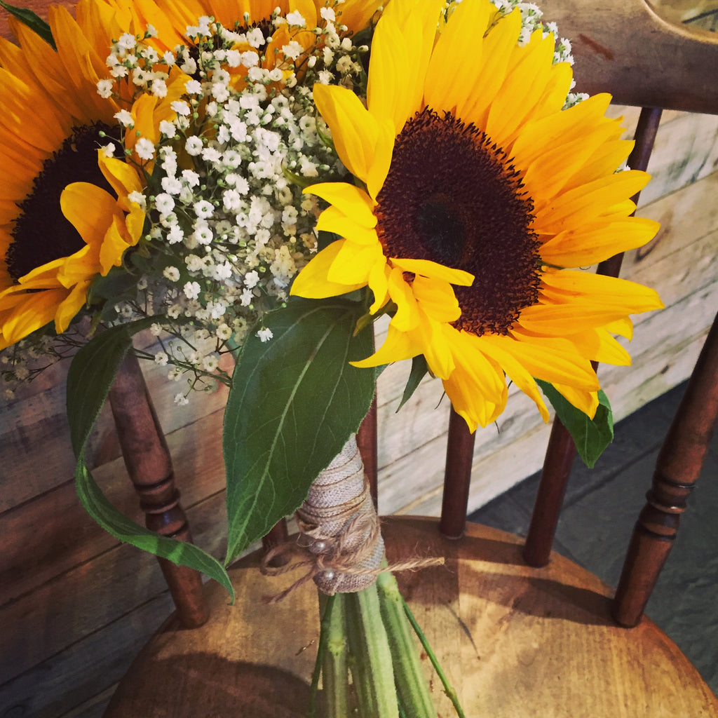 Sunflower Bridal Hand-tied - XOXO Florist Aberdeen