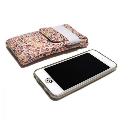 Housse iPhone originale en Liberty rose