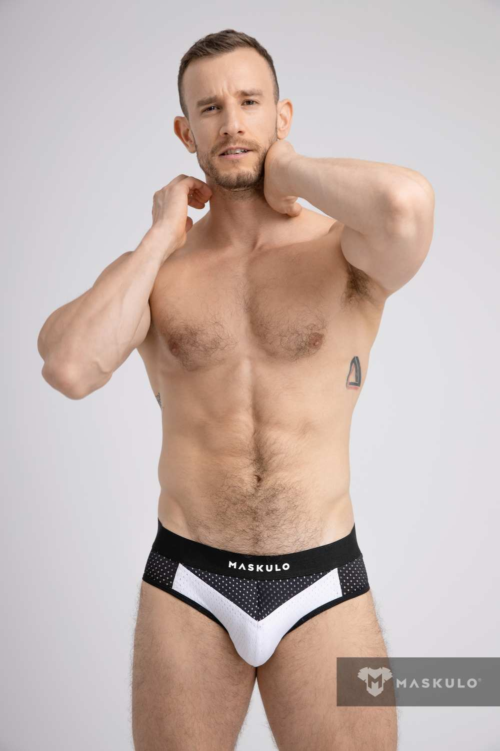 Mesh Briefs with 2-layer Pouch