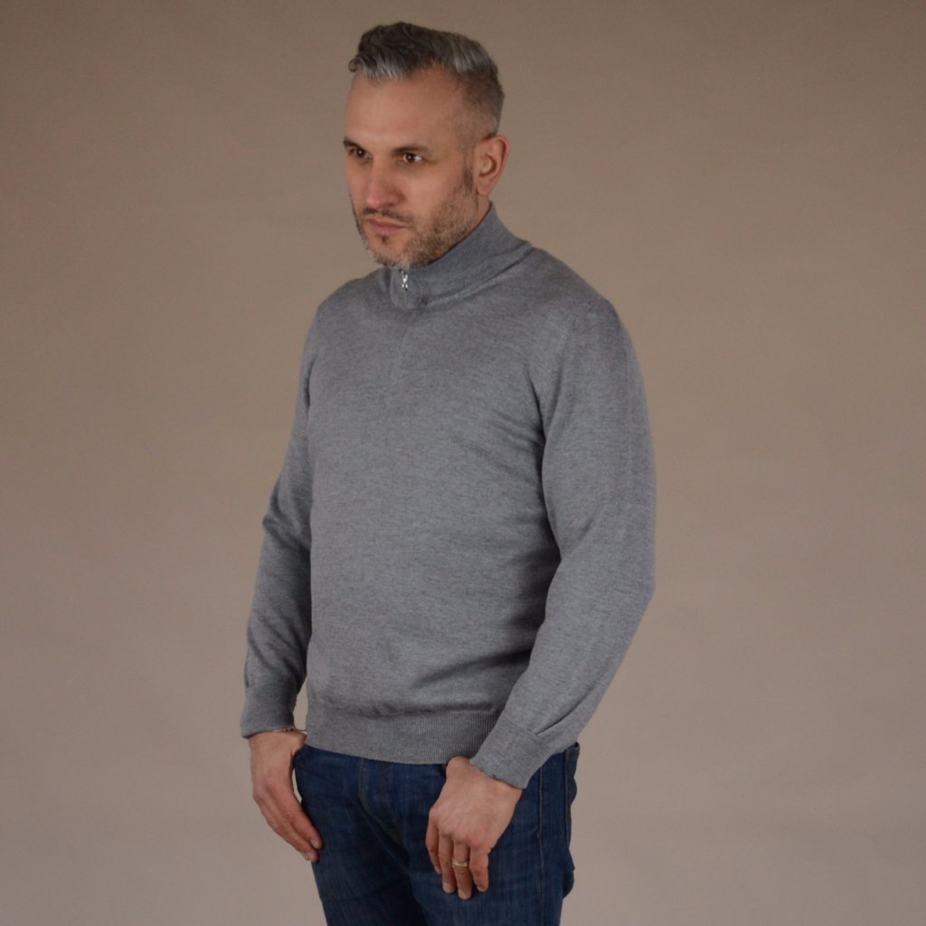 John Goodwin Black Label Knitwear: Merino 1/4 Zip (Silver Grey)