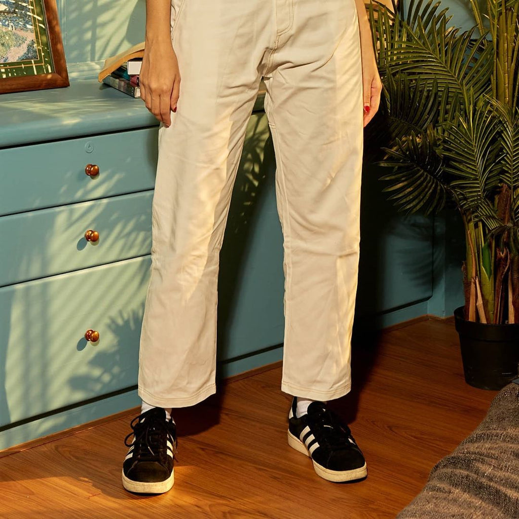 PN-004: MDWKS 90's LOOSE FIT PANTS (WHITE)