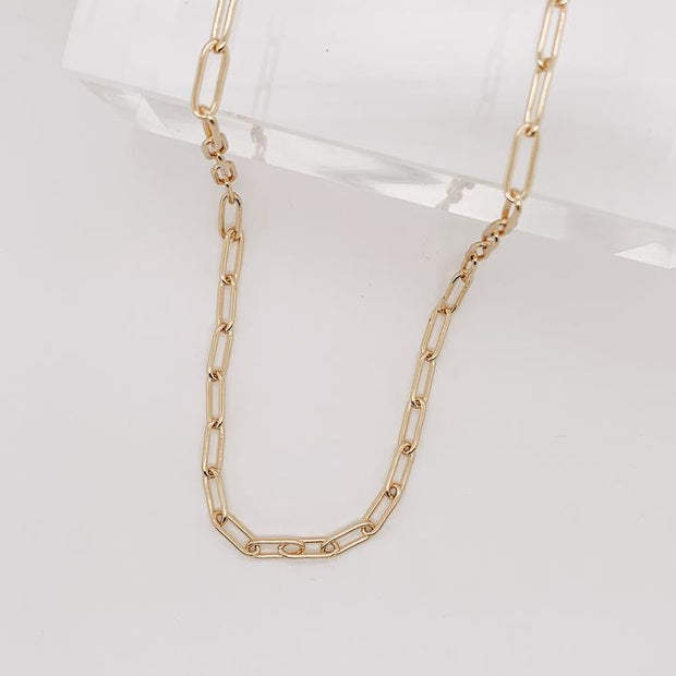 Mama Gente Chain Necklace