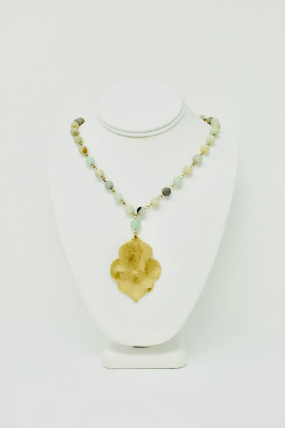 Beaded Pendant Necklace Jade