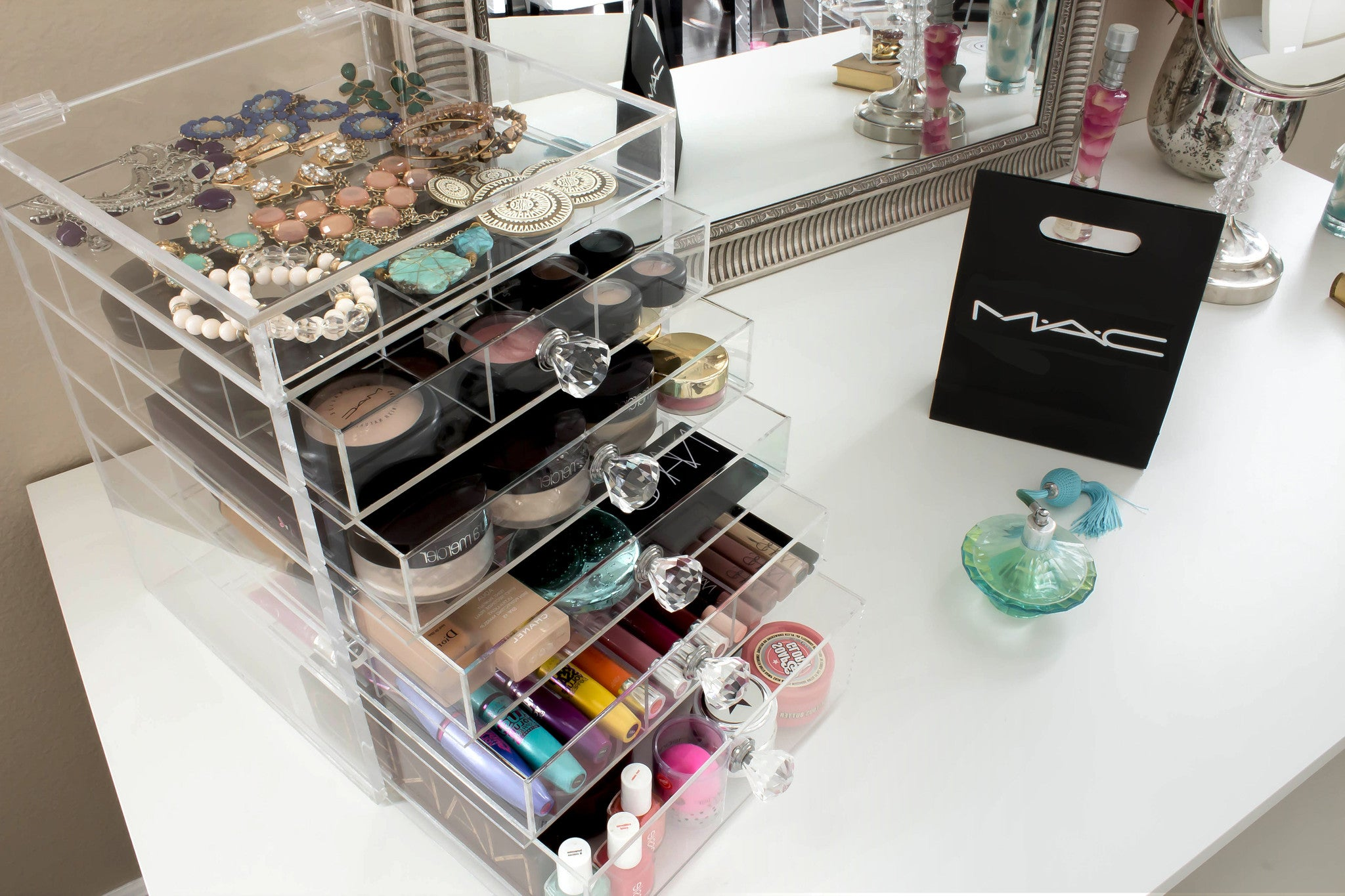 Clear Acrylic Makeup Organizer With  Drawers Flip Top And Diamond Handles