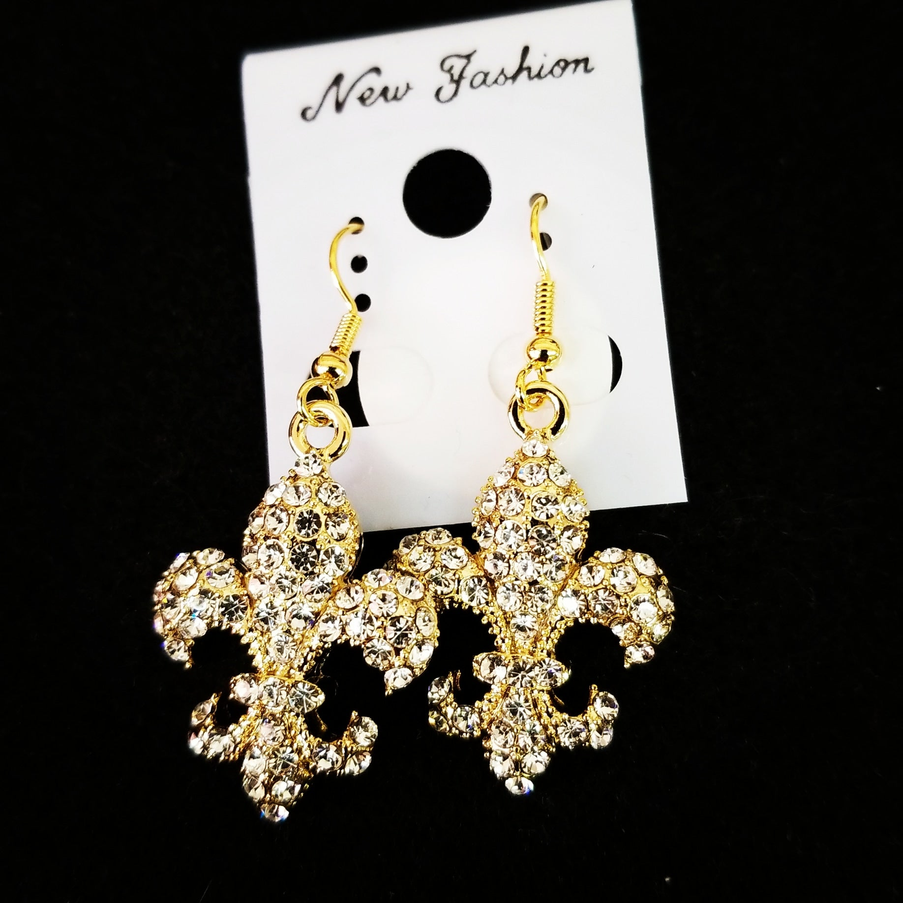 Fleur de Lis Earrings 2 large  (goldtone)