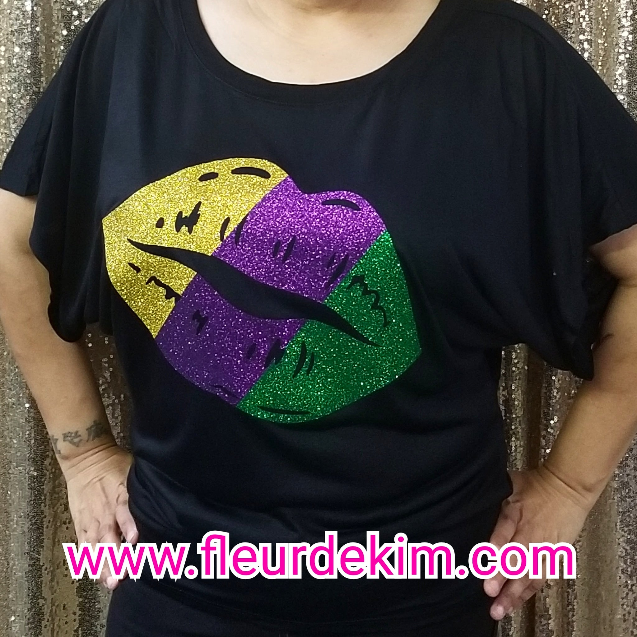 *Draped Mardi Gras lips shirt