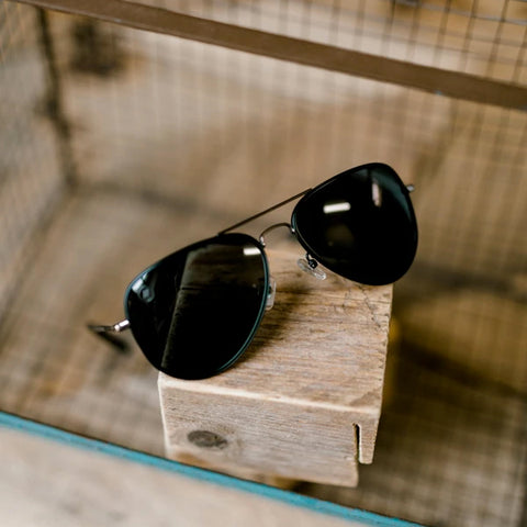 A Series // Spider Jet Polarized Sunglasses | A Series // 偏光鏡片復古飛行員黑色太陽眼鏡