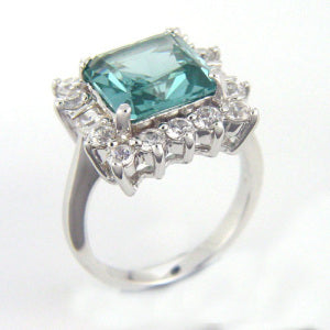 Dietrich's Aquamarine and Diamonds Ring from The Hollywood Collection