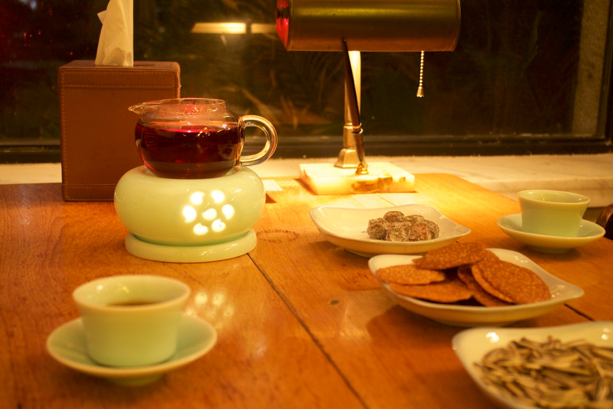 Shu Pu'er in a traditional tea house in Shanghai