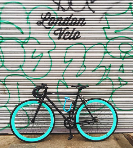 London Velo bike shop and cafe. Instagram credit @geeiggysee