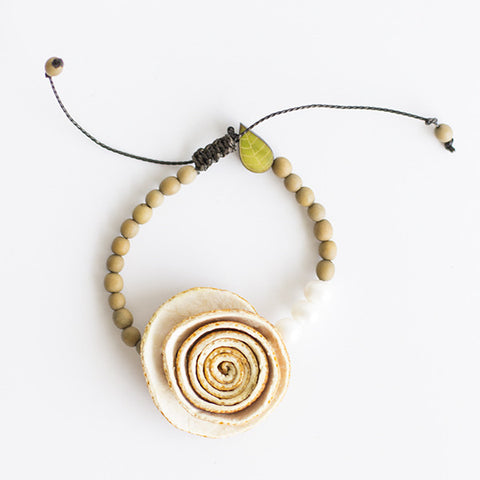Rose Perlas Bracelet . Natural & Camel