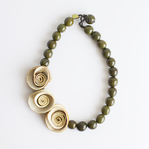 3 Rose Necklace . Natural & Olive