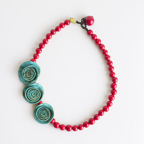 3 Rose Princess Necklace . Turquoise & Red