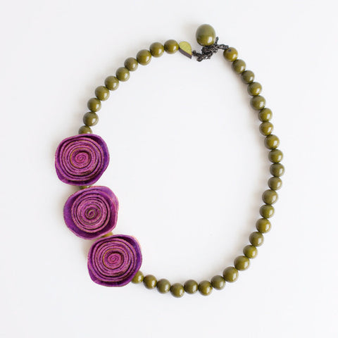 3 Rose Princess Necklace . Violet & Olive
