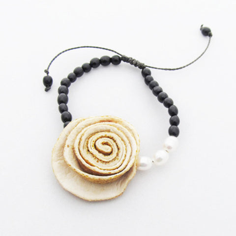 Rose Perlas Bracelet . Natural & Black