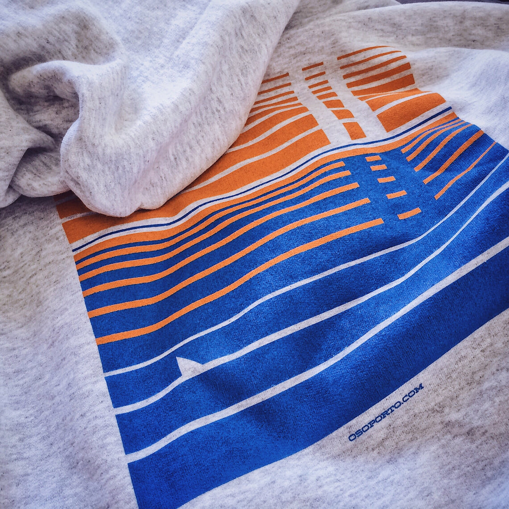 Point of View t-shirt & pullover hoodie