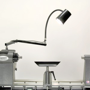 Robust-on lathe lamp set. The bracket and one lamp.