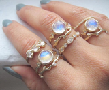 Mini Haku Lei 3 Moonstone Ring