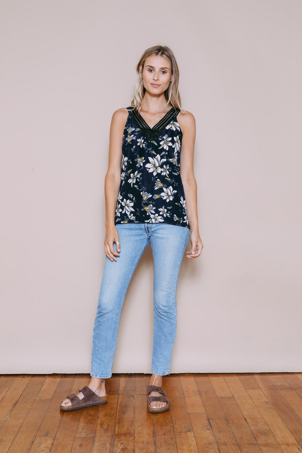 Julia - Lace V-Neck Cami Black Floral