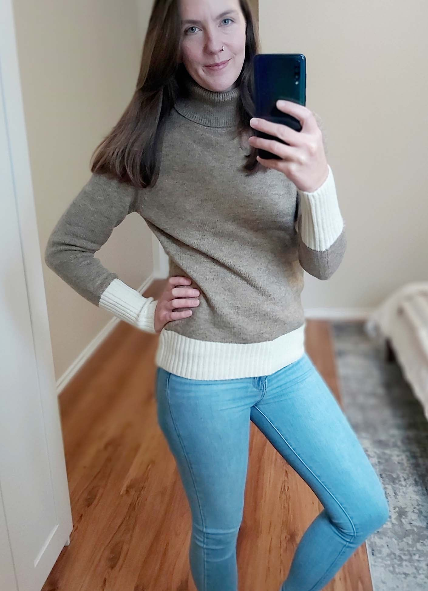 Amanda - Turtleneck Sweater Tan/Cream