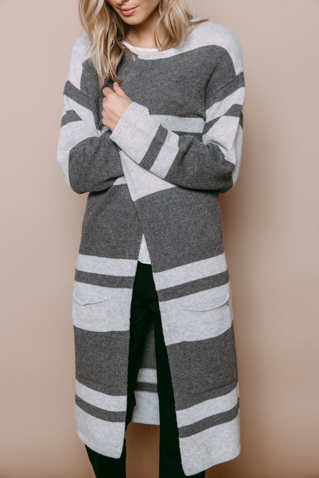 Val - Oversize Cardigan Grey Varied Stripe