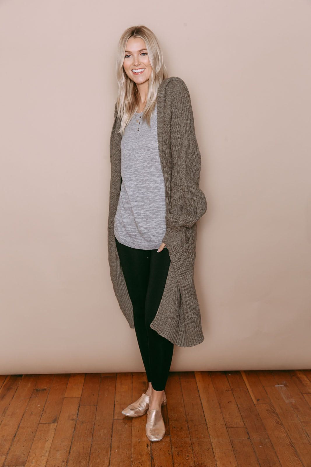 Faye - Hooded Cable Knit Cardigan Olive