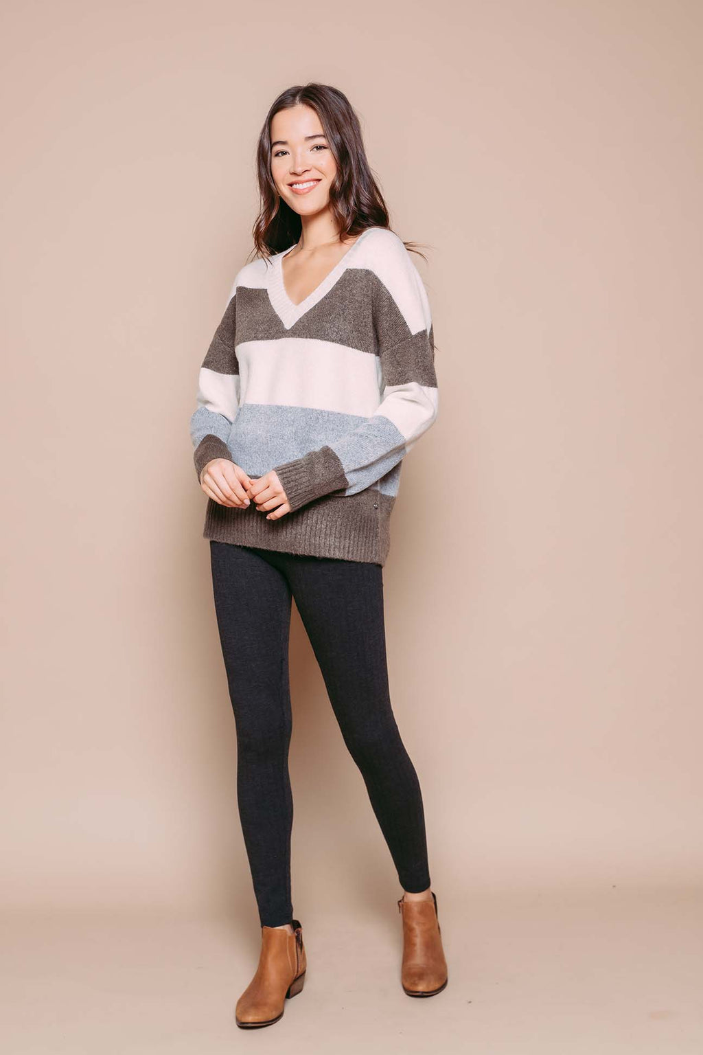 Chrissy - Oversize V-Neck Pullover Neutral Stripe
