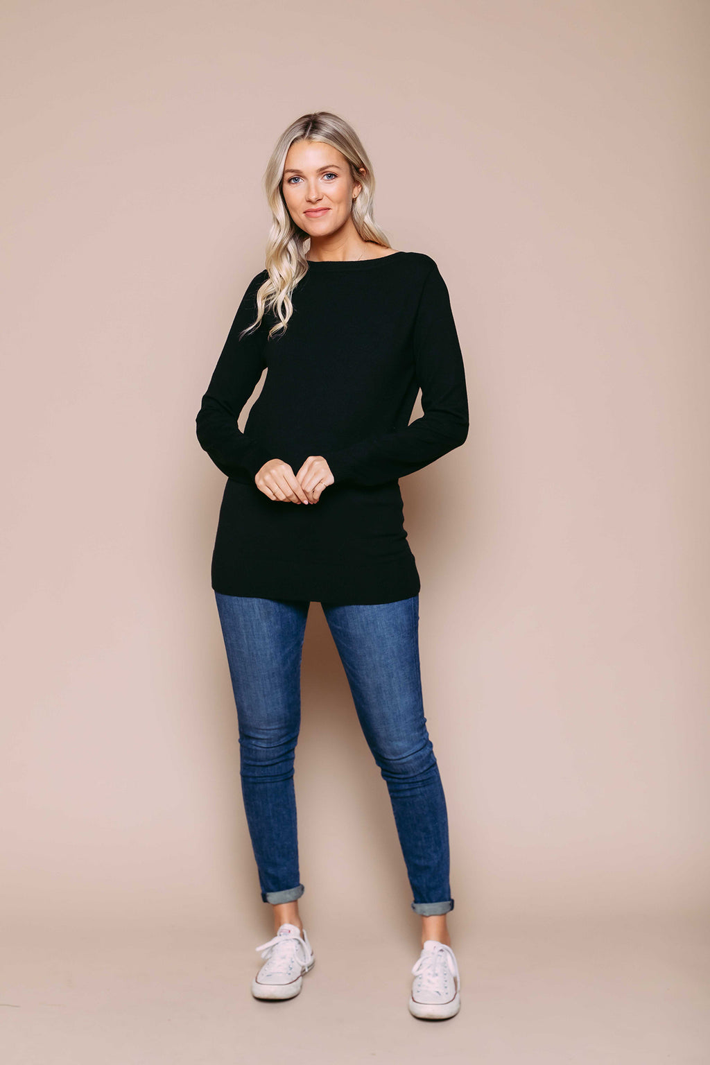 Iris - Split Neck Pullover Black