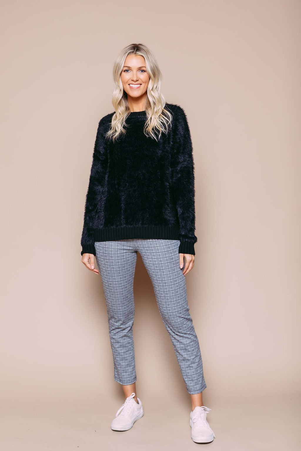 Arianna - Fuzzy Crew Neck Sweater Black