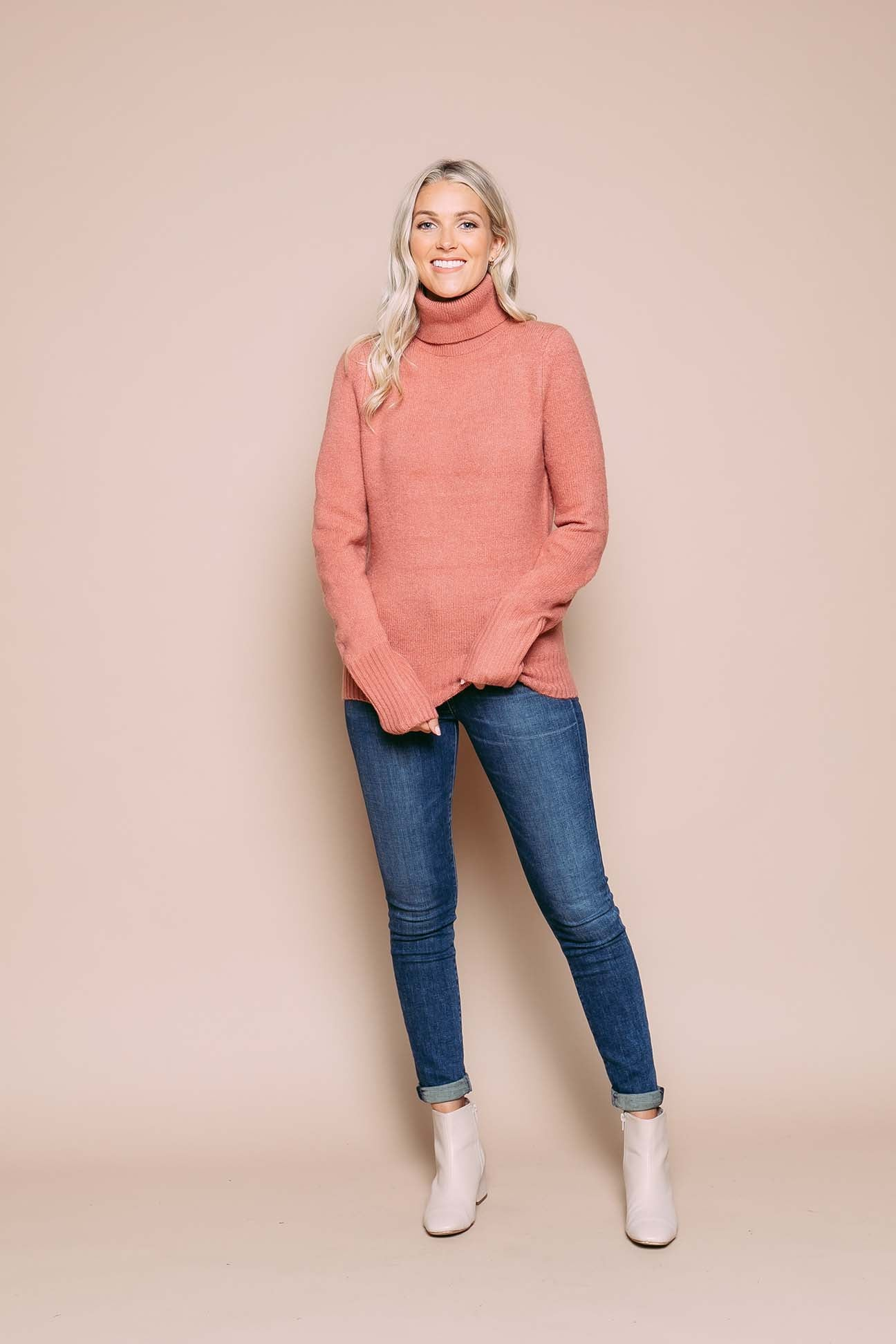 Amanda - Turtleneck Sweater Terra Cotta