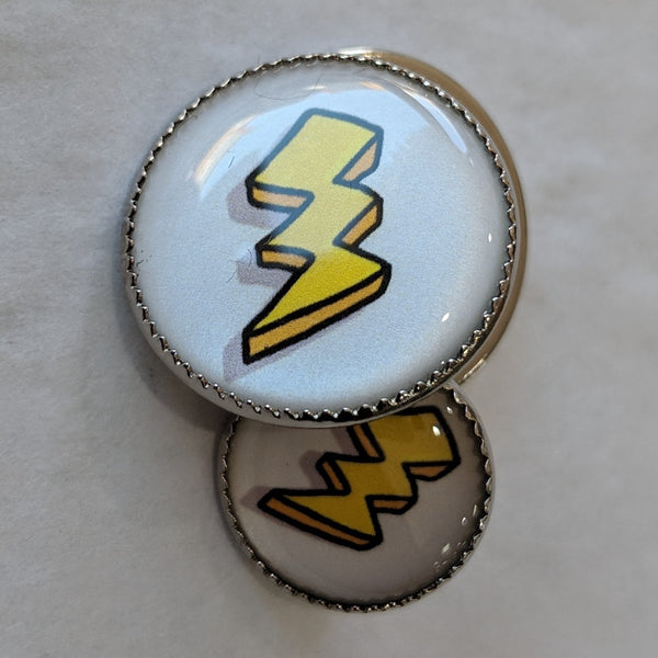 Lightning Bolt / Yellow with white background / Acrylic Dome