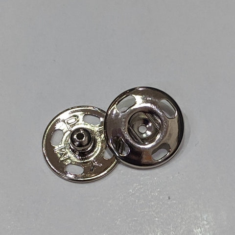 Snap fasteners / Silver