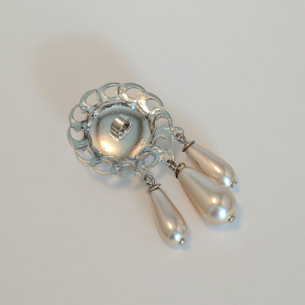 Silver / Metallic Edging / Large Pearl Dome and decorations
