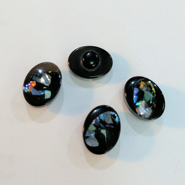 Black / Oval / Opal Colour / Shiny